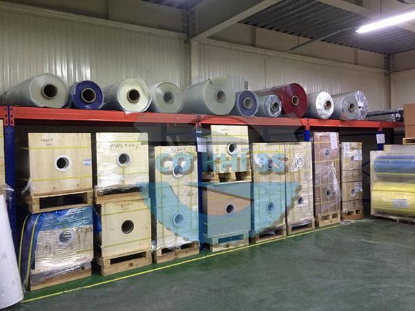 Các thùng nguyên liệu